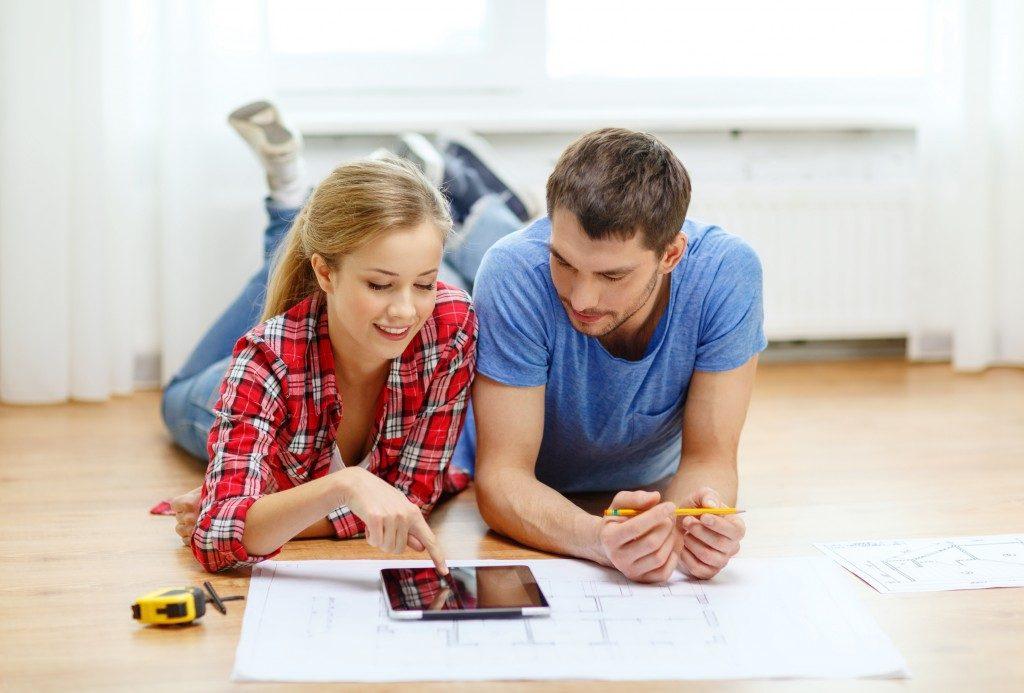Couple planning house renovation