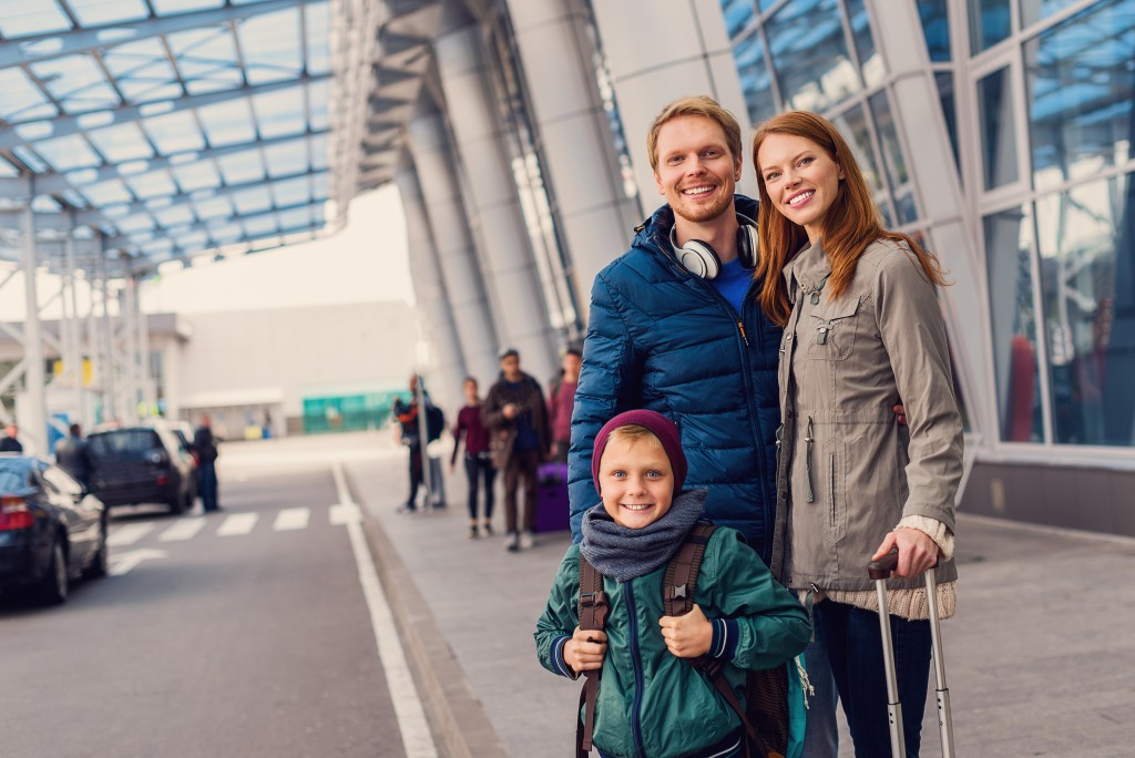 family infront of the airport