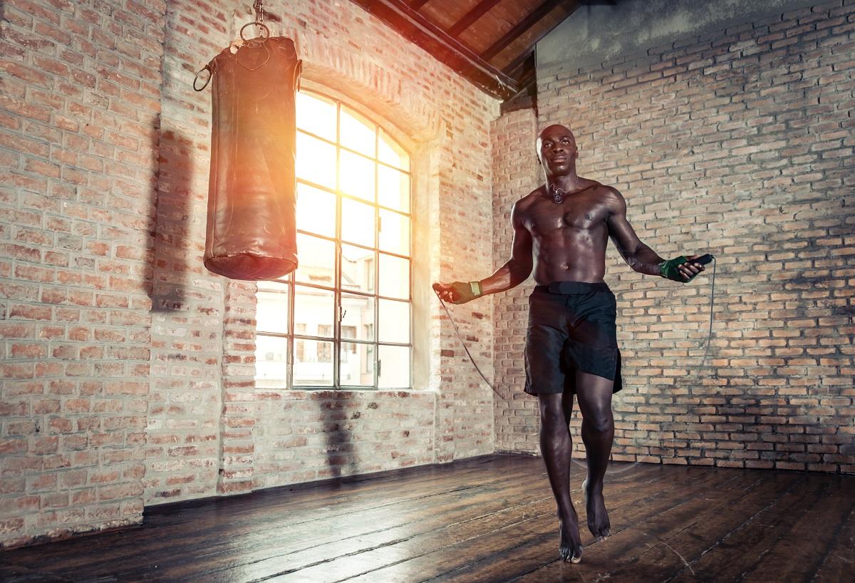 man skipping at the gym